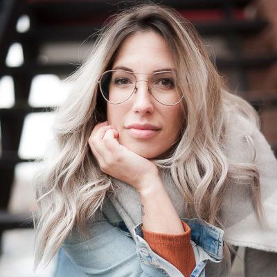 Isabelle Archambault, esthéticienne, coiffeuse et technicienne en pose d'ongle