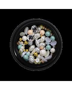 Nail Art Kit 02 - White, Green and Gold Pearls